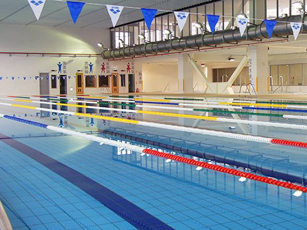 The polysulfide sealant is used as leakproof material for swimming pool.